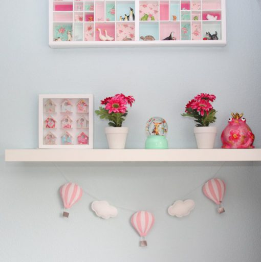 Slinger luchtballonnen roze wit