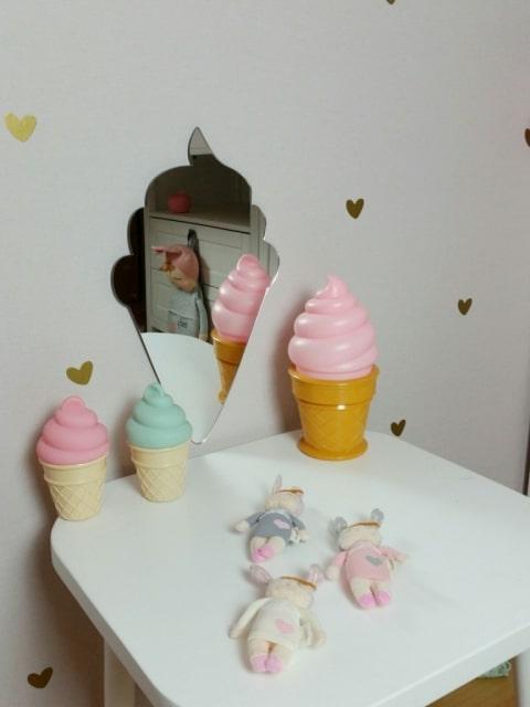 lichtgewicht spiegel meidenkamer in de vorm van een ijsje