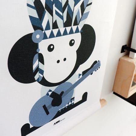 detail textiel poster indianen aap