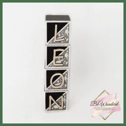 naamblokken - houten blokken met naam - kinderkamer decoratie - babykamer decoratie - hou van hout - houten blok met letters