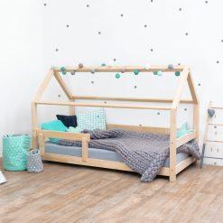 Kinderkamer met bedhuisje Tery