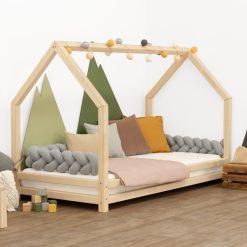 Kinderkamer met bedhuisje Funny